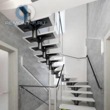 Дизайн интерьера: Хай-тек лестница